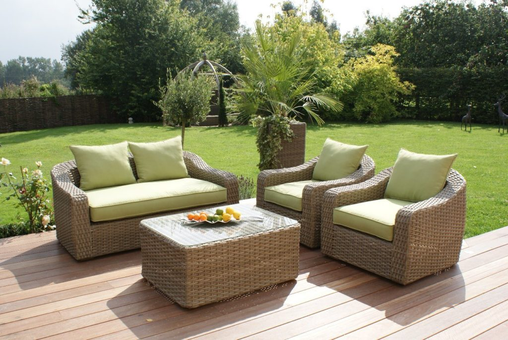 Types Of Outdoor Furniture Dubai