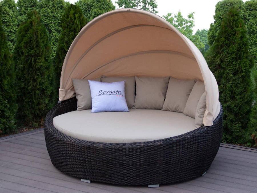 outdoor furniture in uae